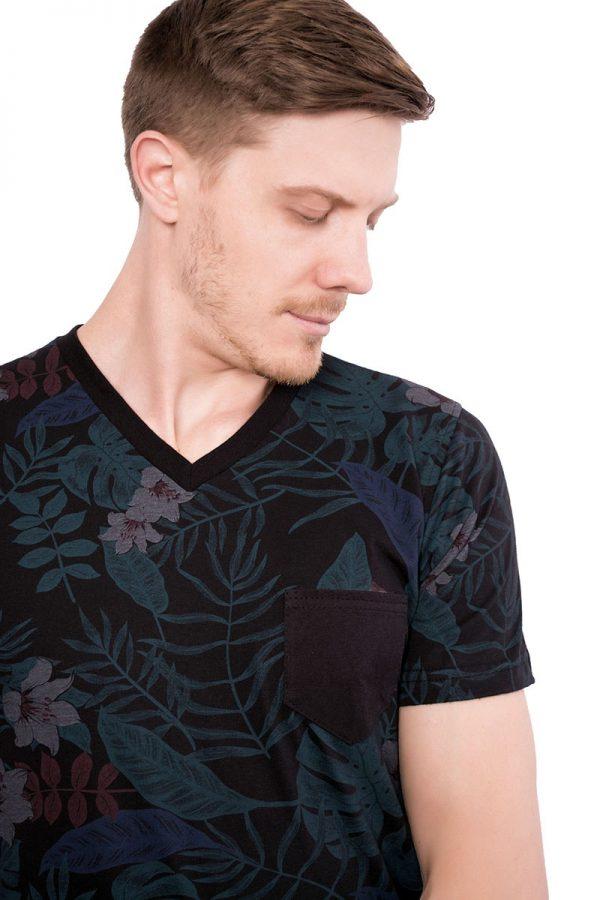 Camiseta Argali Altai Floral Primavera (detalhe)