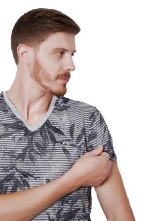 Camiseta Argali Prime Floral Cinza Mescla (detalhe)